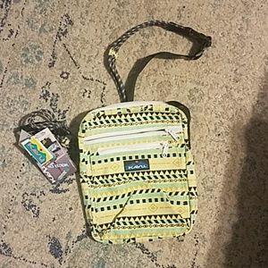 NWT Kavu Zipit Hipster Bag